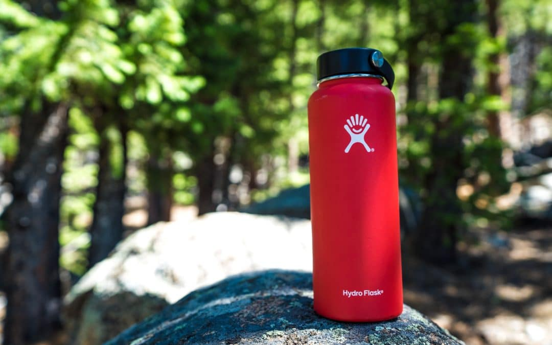 What is a Good Lightweight Nalgene Alternative: 9 Examples with Prices